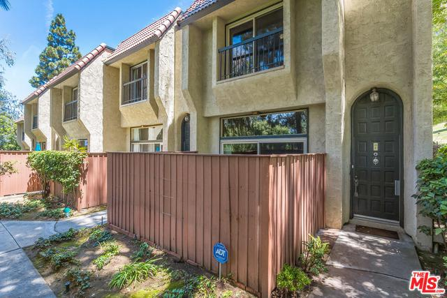 11260 Overland Avenue 22F, Culver City, CA 90230 (MLS #19477938) :: The John Jay Group - Bennion Deville Homes