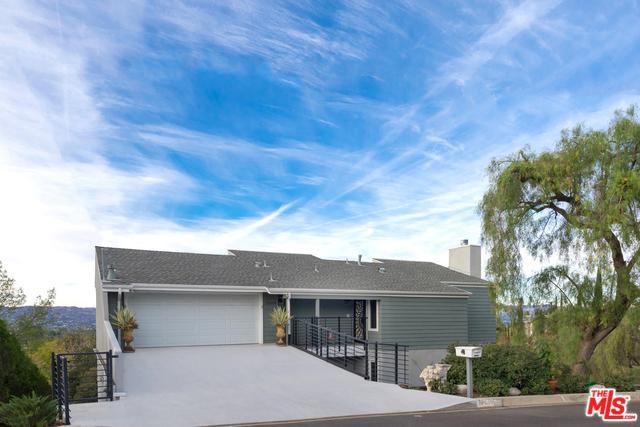 21619 Arcos Drive, Woodland Hills, CA 91364 (MLS #19478154) :: The Jelmberg Team
