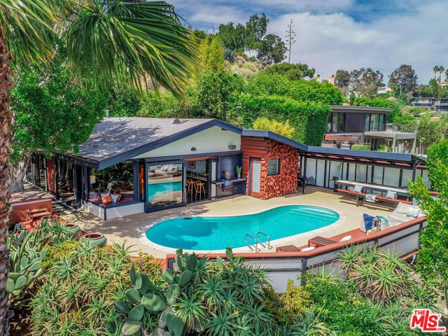 5681 Holly Oak Drive, Los Angeles (City), CA 90068 (MLS #19478372) :: The John Jay Group - Bennion Deville Homes