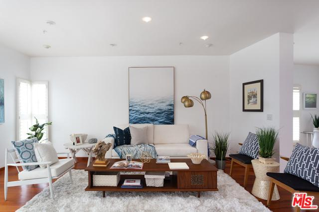 3002 3rd Street #201, Santa Monica, CA 90405 (MLS #19478676) :: The John Jay Group - Bennion Deville Homes