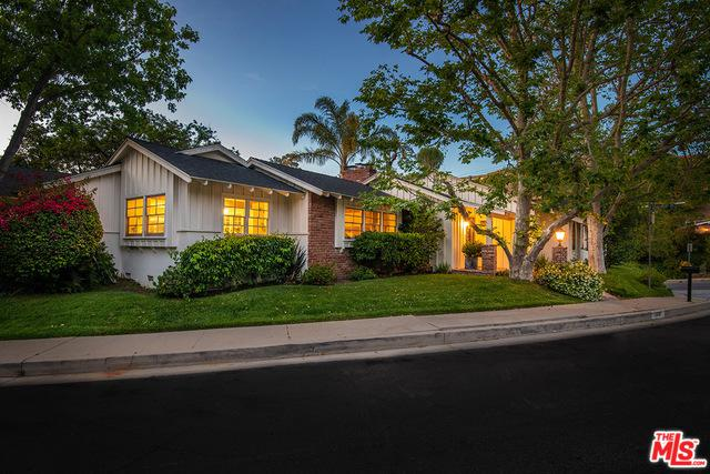 3512 Stonewood Drive, Sherman Oaks, CA 91403 (MLS #19478736) :: Desert Area Homes For Sale