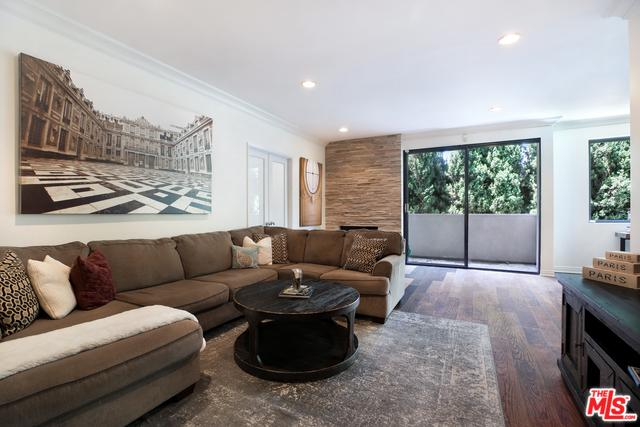 423 N Palm Drive #206, Beverly Hills, CA 90210 (MLS #19478784) :: Desert Area Homes For Sale