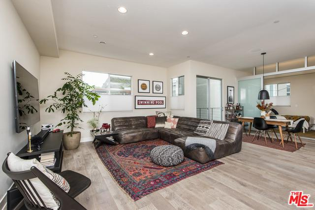 13337 Beach Avenue #203, Marina Del Rey, CA 90292 (MLS #19478962) :: Desert Area Homes For Sale