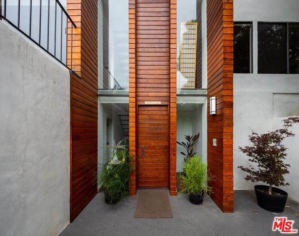 5659 Holly Oak Drive, Los Angeles (City), CA 90068 (MLS #19479146) :: Deirdre Coit and Associates