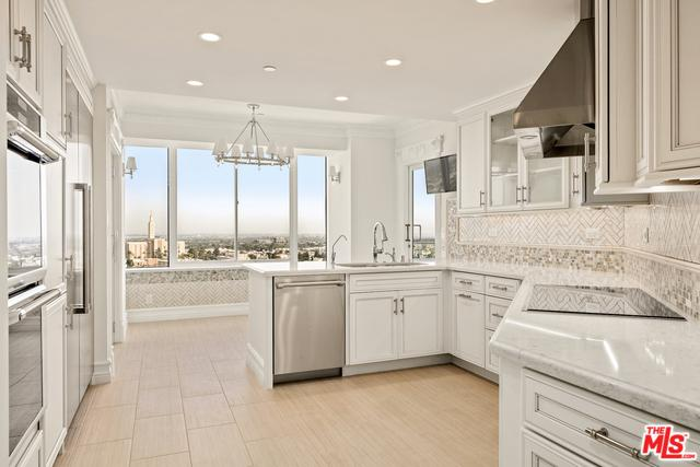 10724 Wilshire #1002, Los Angeles (City), CA 90024 (MLS #19479150) :: Desert Area Homes For Sale