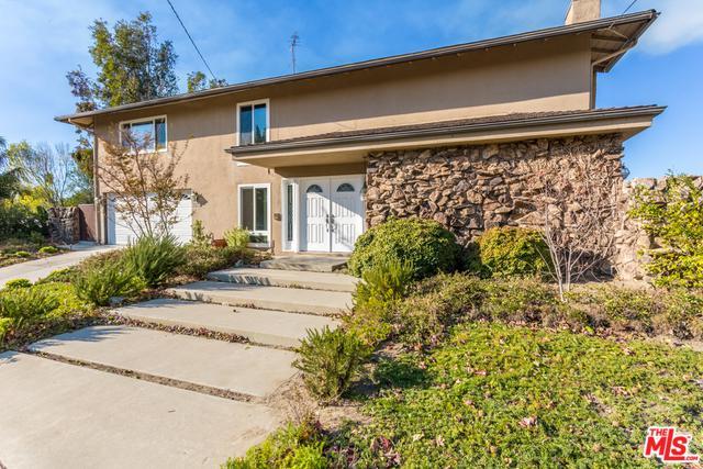 23251 Aetna Street, Woodland Hills, CA 91367 (MLS #19479464) :: The Sandi Phillips Team