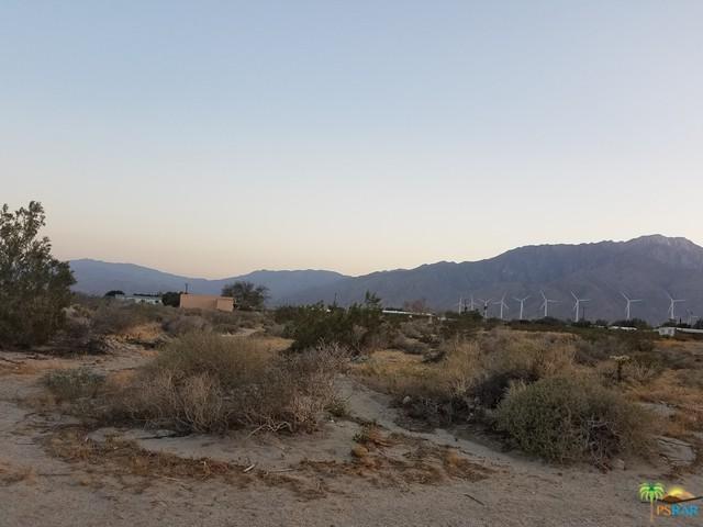 0 Douglas Way, Desert Hot Springs, CA 92240 (MLS #19480080PS) :: The Sandi Phillips Team