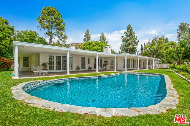 1201 Loma Vista Drive, Beverly Hills, CA 90210 (MLS #19480286) :: The John Jay Group - Bennion Deville Homes