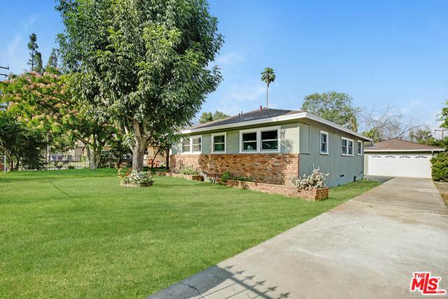 525 N Meridian Avenue, San Bernardino (City), CA 92410 (MLS #19481172) :: The Jelmberg Team