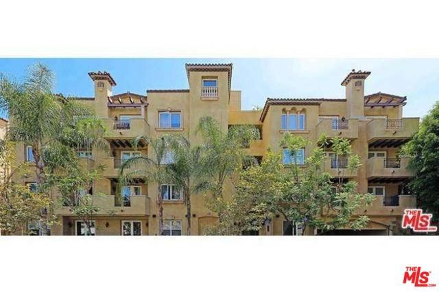12044 Hoffman Street #304, Studio City, CA 91604 (MLS #19481284) :: The John Jay Group - Bennion Deville Homes