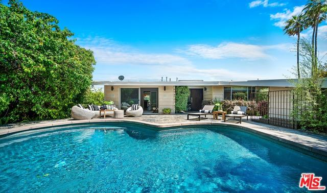 1000 Glenhaven Drive, Pacific Palisades, CA 90272 (MLS #19481508) :: The John Jay Group - Bennion Deville Homes