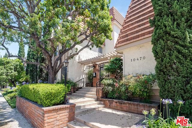 10470 Riverside Drive #302, Toluca Lake, CA 91602 (MLS #19481578) :: The John Jay Group - Bennion Deville Homes