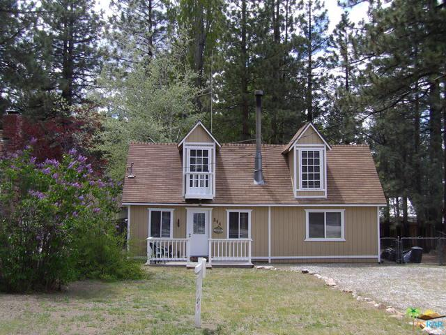 344 Jeffries Road, Big Bear, CA 92315 (MLS #19481984PS) :: The Jelmberg Team