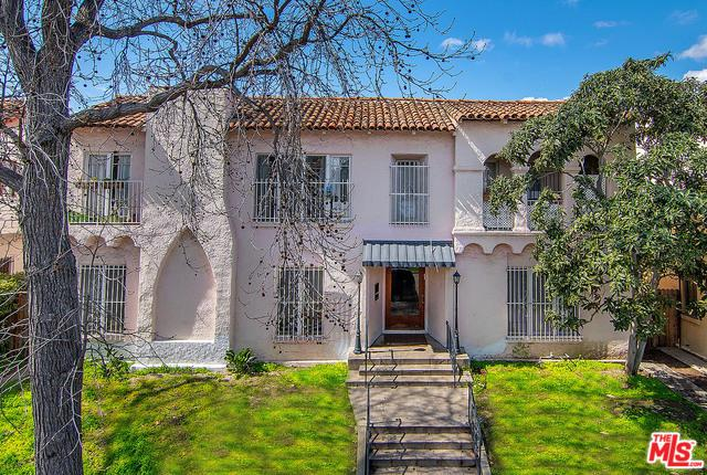 321 N Sycamore Avenue, Los Angeles (City), CA 90036 (MLS #19482032) :: The John Jay Group - Bennion Deville Homes