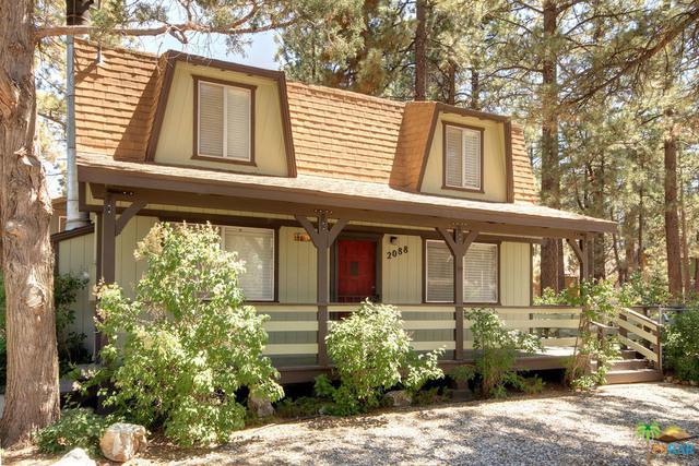 2088 2nd Lane, Big Bear, CA 92314 (MLS #19482106PS) :: The John Jay Group - Bennion Deville Homes