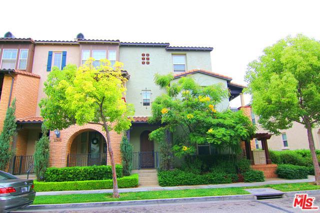 746 S Kroeger Street, Anaheim, CA 92805 (MLS #19482274) :: Deirdre Coit and Associates