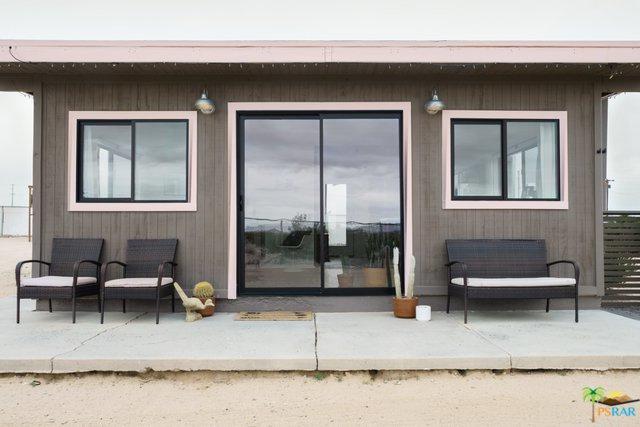 2420 Bluegrass Avenue, 29 Palms, CA 92277 (MLS #19484680PS) :: Deirdre Coit and Associates