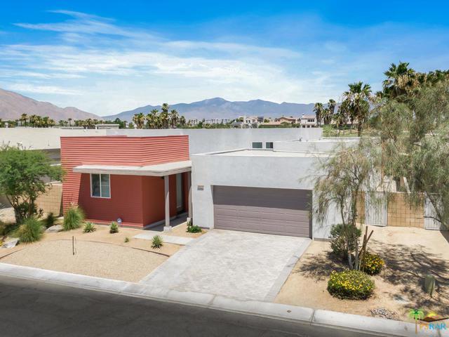 4425 Vantage Lane, Palm Springs, CA 92262 (MLS #19485688PS) :: Brad Schmett Real Estate Group