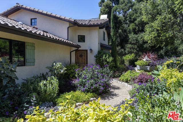 2970 Hidden Valley Lane, Montecito, CA 93108 (MLS #19486044) :: The Sandi Phillips Team
