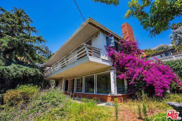 1357 Goucher Street, Pacific Palisades, CA 90272 (MLS #19488934) :: Desert Area Homes For Sale
