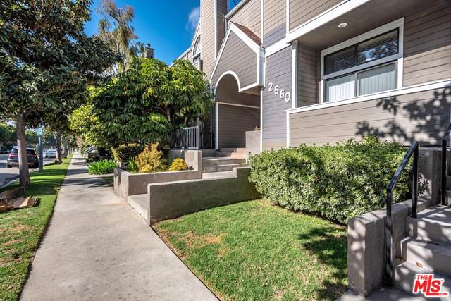 2560 S Centinela Avenue #15, Los Angeles (City), CA 90064 (MLS #19489652) :: Deirdre Coit and Associates
