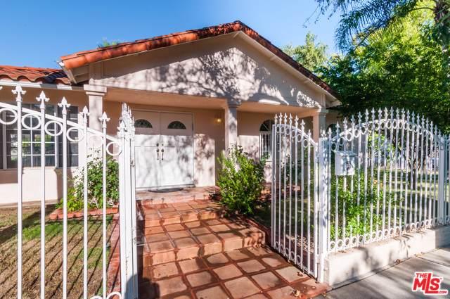 18273 Rosita Street, Tarzana, CA 91356 (MLS #19489744) :: Bennion Deville Homes