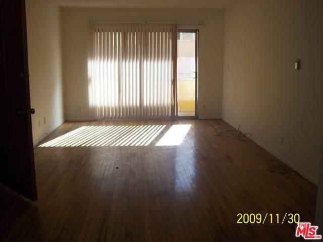2012 S Bedford #5, Los Angeles (City), CA 90034 (MLS #19489756) :: Bennion Deville Homes