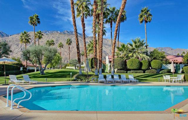 1252 E Andreas Road, Palm Springs, CA 92262 (MLS #19491338PS) :: Deirdre Coit and Associates