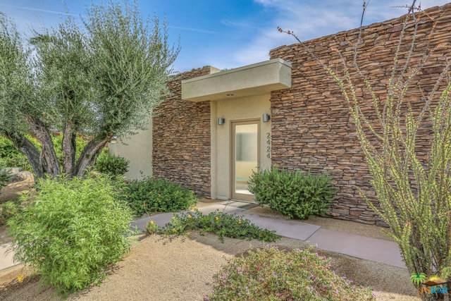 2424 S Pebble Beach Drive, Palm Springs, CA 92264 (MLS #19492412PS) :: Brad Schmett Real Estate Group