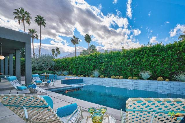 2153 S Caliente Drive, Palm Springs, CA 92264 (MLS #19493704PS) :: Brad Schmett Real Estate Group