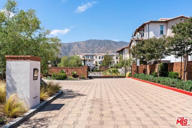 543 W Foothill Boulevard #121, Glendora, CA 91741 (MLS #19494578) :: The John Jay Group - Bennion Deville Homes