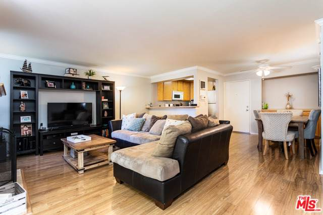 5325 Newcastle Avenue #223, Encino, CA 91316 (MLS #19498106) :: The Sandi Phillips Team