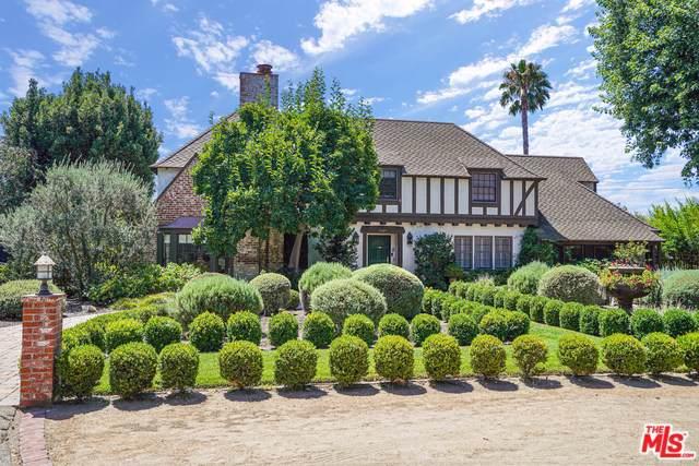 5060 Bellaire Avenue, Valley Village, CA 91607 (MLS #19498436) :: Hacienda Group Inc