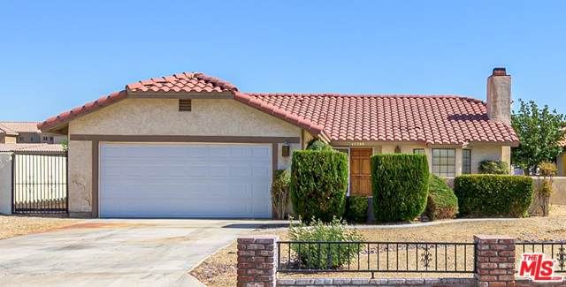 14360 Jamaica Lane, Helendale, CA 92342 (MLS #19500610) :: Hacienda Group Inc