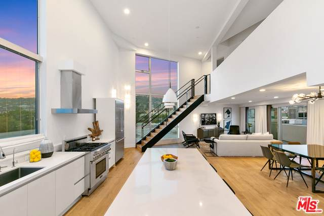 616 N Croft Avenue Ph9, West Hollywood, CA 90048 (MLS #19501316) :: The John Jay Group - Bennion Deville Homes