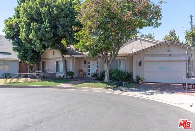 11600 Chandler, North Hollywood, CA 91601 (MLS #19501614) :: Hacienda Group Inc