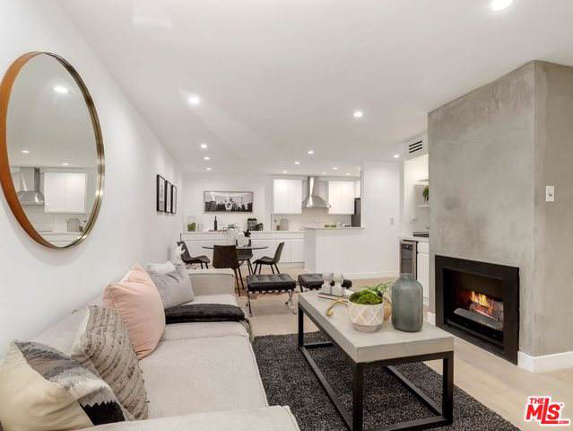 1230 N Sweetzer Avenue #201, West Hollywood, CA 90069 (MLS #19501618) :: The John Jay Group - Bennion Deville Homes