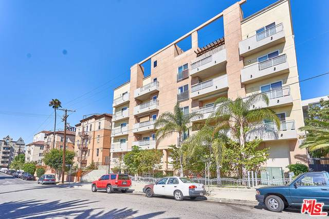 980 S Oxford Avenue #403, Los Angeles (City), CA 90006 (MLS #19502144) :: The John Jay Group - Bennion Deville Homes