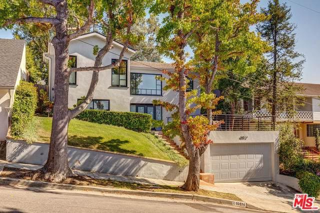 10514 Draper Avenue, Los Angeles (City), CA 90064 (MLS #19502452) :: The Jelmberg Team