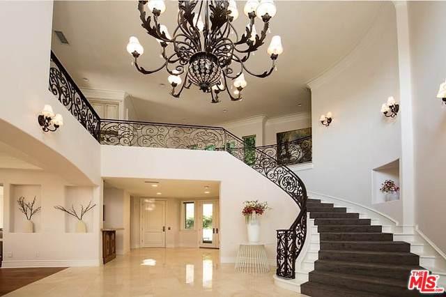3005 N Beverly Glen Circle, Los Angeles (City), CA 90077 (MLS #19502902) :: Hacienda Group Inc