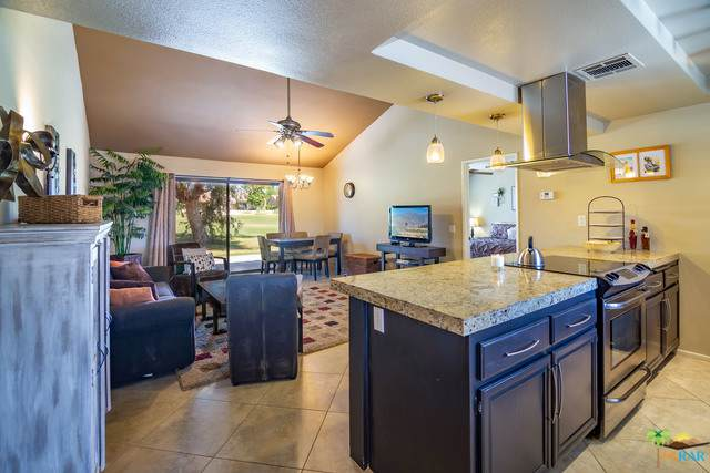 41769 Resorter, Palm Desert, CA 92211 (MLS #19503150PS) :: Mark Wise | Bennion Deville Homes