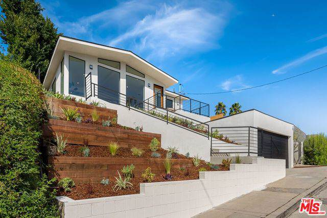 2484 Armstrong Avenue, Los Angeles (City), CA 90039 (MLS #19503152) :: Hacienda Group Inc