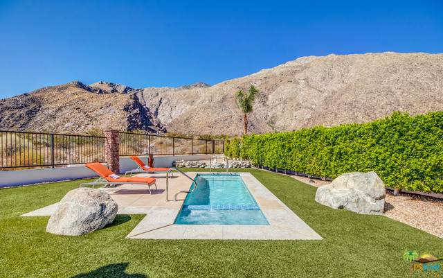 351 Big Canyon South Drive, Palm Springs, CA 92264 (MLS #19508464PS) :: The John Jay Group - Bennion Deville Homes