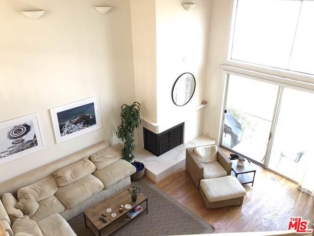 20 Ironsides Street #16, Marina Del Rey, CA 90292 (MLS #19509228) :: The John Jay Group - Bennion Deville Homes