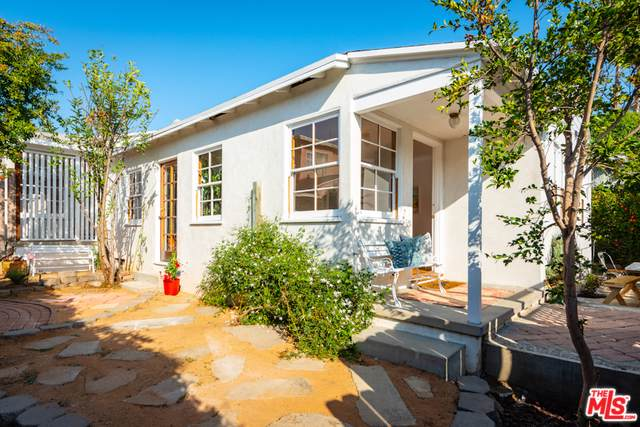1815 20th Street, Santa Monica, CA 90404 (MLS #19509394) :: The John Jay Group - Bennion Deville Homes