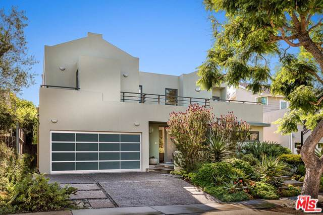 332 Beirut Avenue, Pacific Palisades, CA 90272 (MLS #19509812) :: The John Jay Group - Bennion Deville Homes