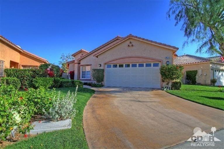 79612 Carmel Valley Avenue, Indio, CA 92201 (MLS #215006298) :: Brad Schmett Real Estate Group