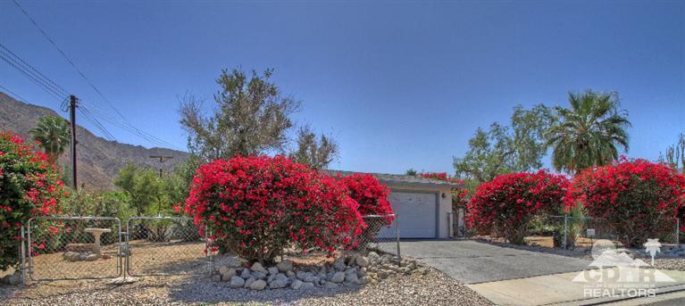 77955 Calle Arroba, La Quinta, CA 92253 (MLS #215010404) :: Brad Schmett Real Estate Group
