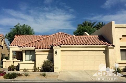 41641 Kansas Street, Palm Desert, CA 92211 (MLS #216018046) :: Brad Schmett Real Estate Group