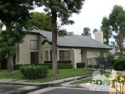 71 Portola Drive, Palm Springs, CA 92264 (MLS #217018026) :: Brad Schmett Real Estate Group